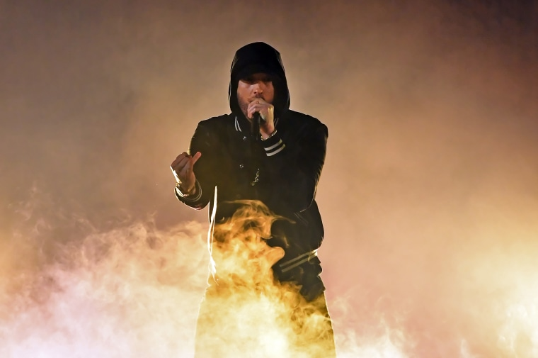 Eminem went in on the NRA during his iHeartMusic Radio Awards performance