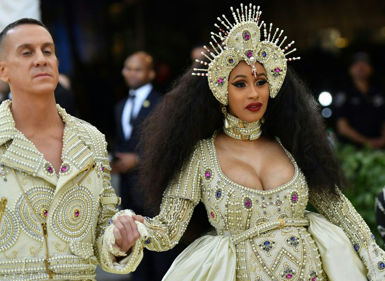 "Cardi B on Donald Trump: ""He's just been shown to be a dickhead"""
