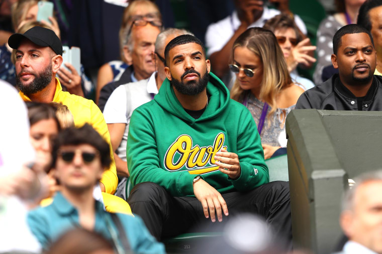 Drake's <i>Scorpion</i> is projected to remain atop Billboard 200 for second week