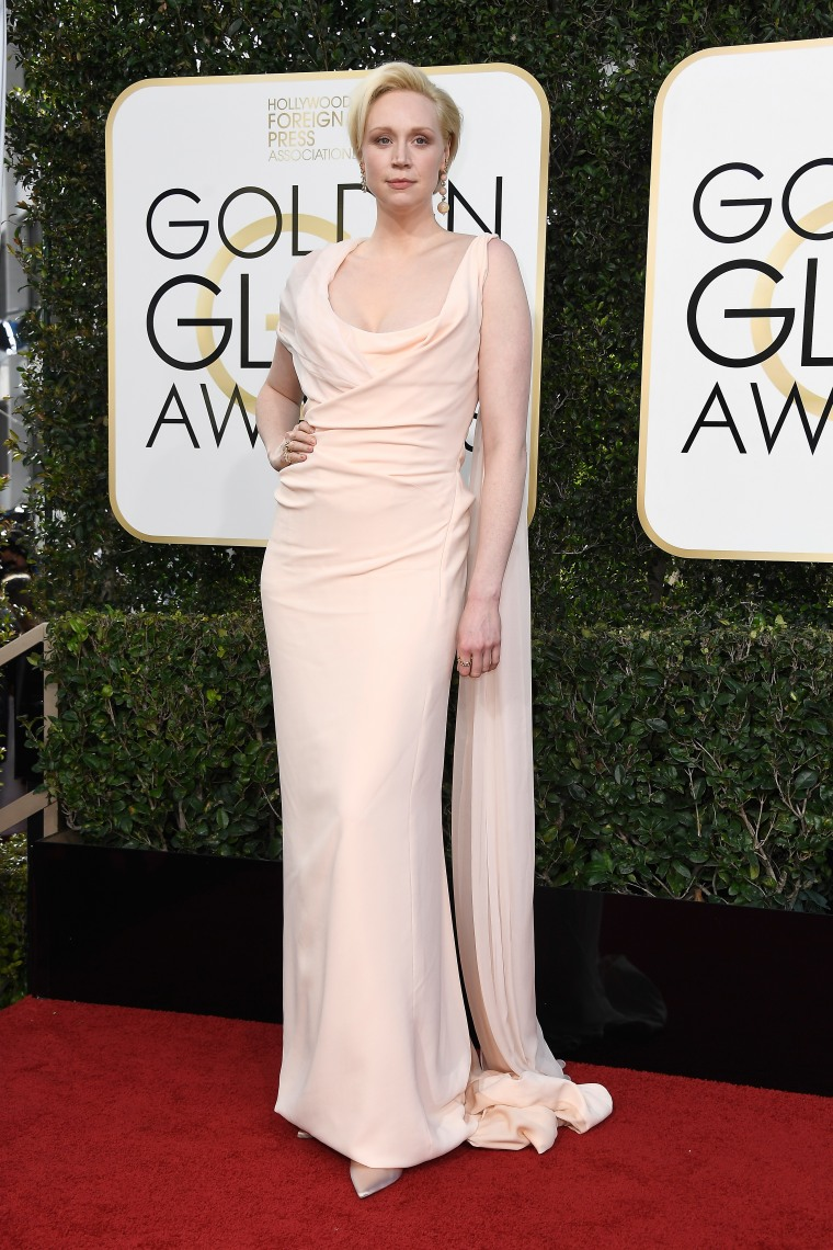 Here's All The Looks You Need To See From The 2017 Golden Globes Red Carpet