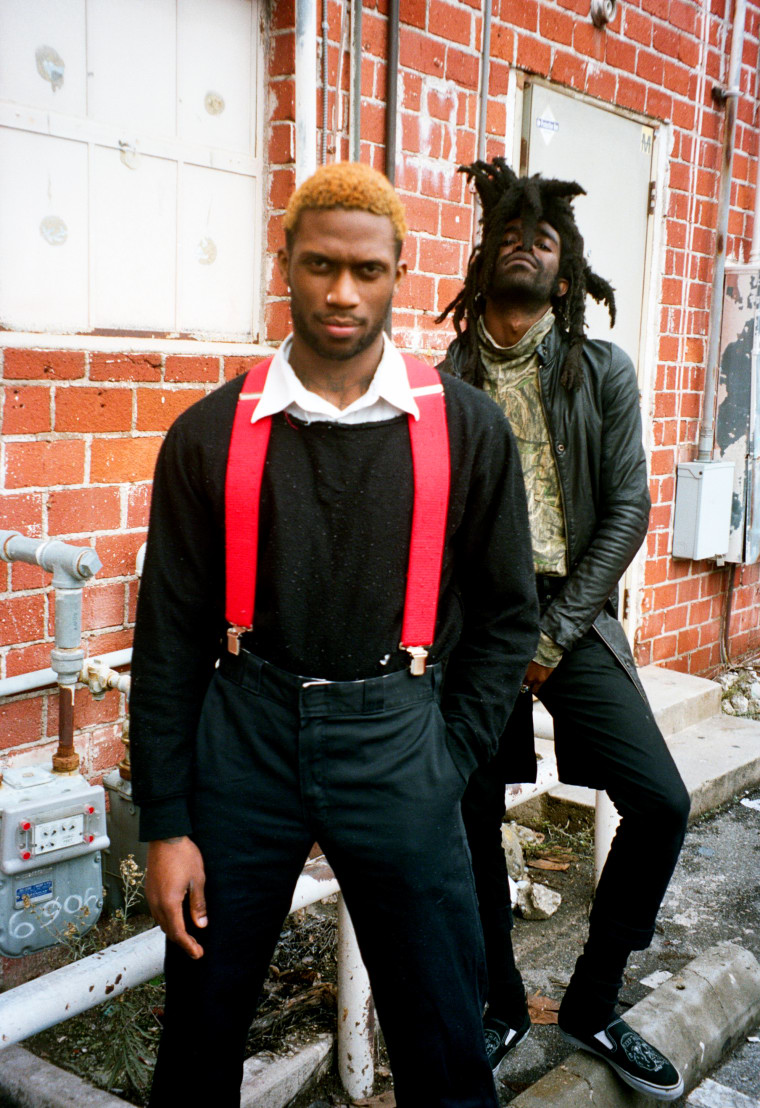 "Ho99o9 Shares A Staticky, Visceral Video For ""War Is Hell"""