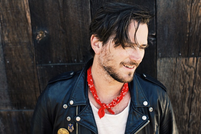 "Hear Butch Walker's Nostalgic ""Wilder In The Heart"""