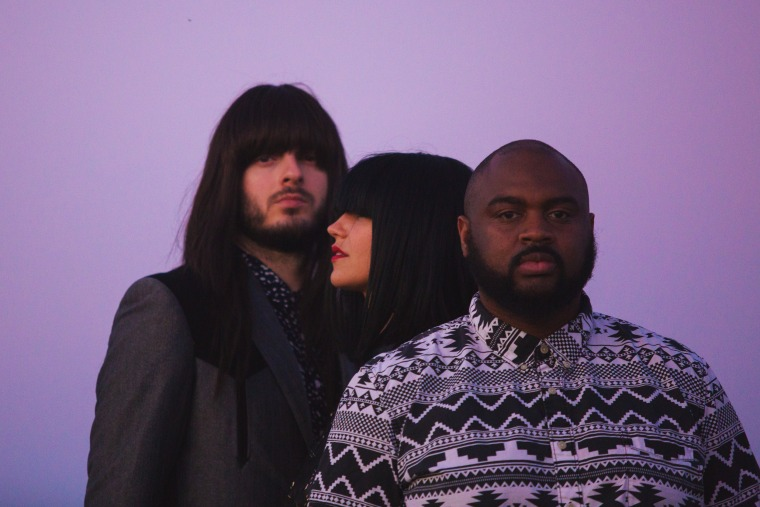 """Check out Khruangbin's kaleidoscopic video for """"Cómo Me Quieres"""""""