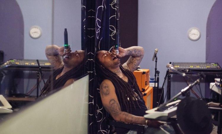 "Ty Dolla $ign and Wiz Khalifa Reunite On ""Sitting Pretty"""
