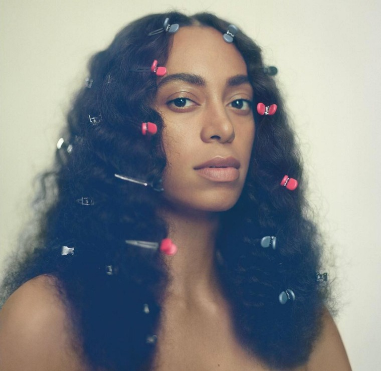 Solange Earns First No. 1 Album With <i>A Seat At The Table</i>