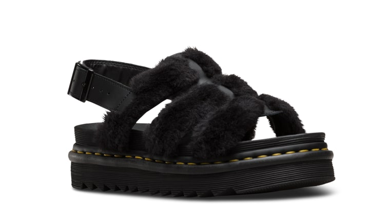 6 summer sandals that'll have you ditching your socks