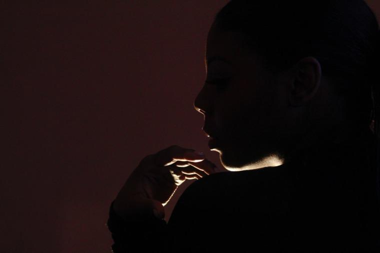 """Snakehips Go Back To Basics With London Singer Malika On """"Falling"""""""