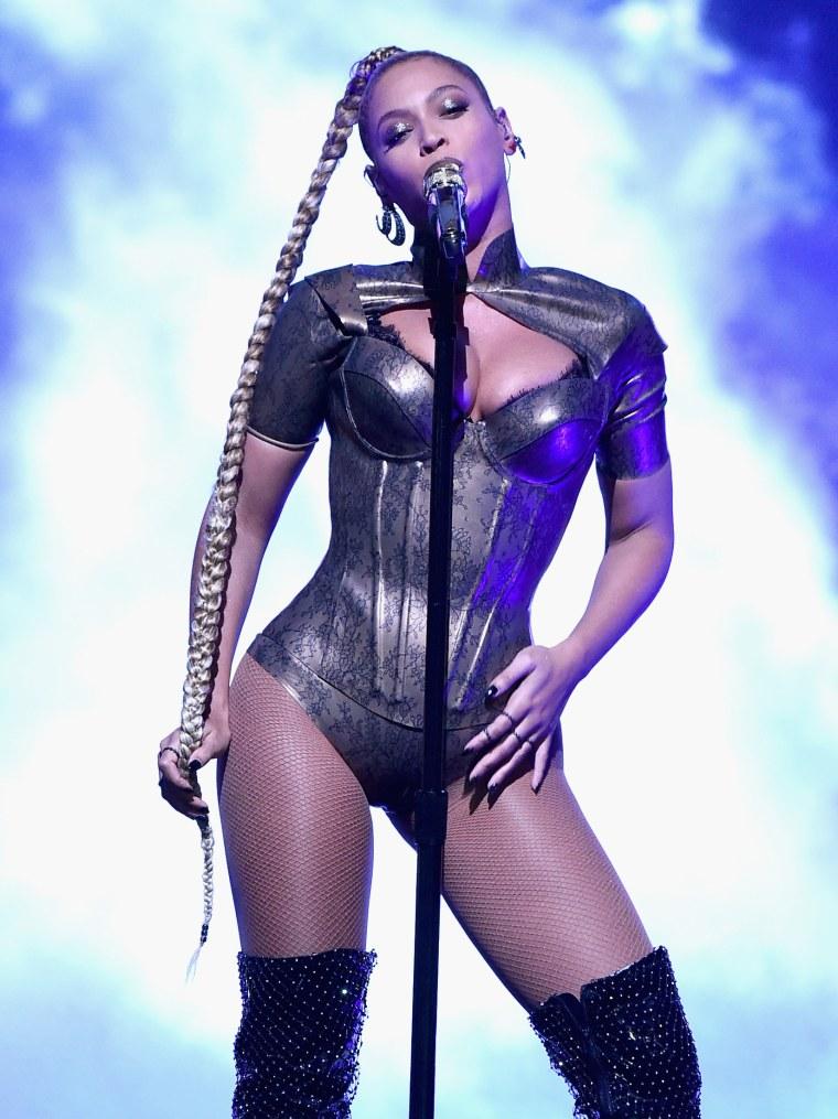 Beyoncé Performed Through An Ear Injury During TIDAL Benefit Concert