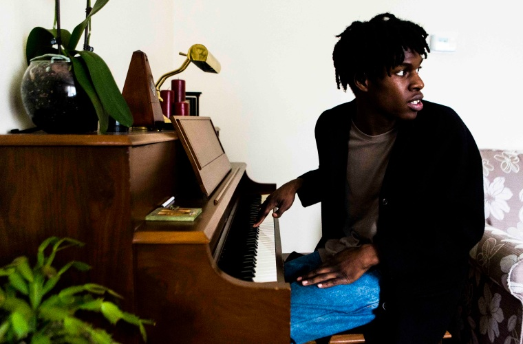 Listen To Two Gorgeous New Songs From Daniel Caesar
