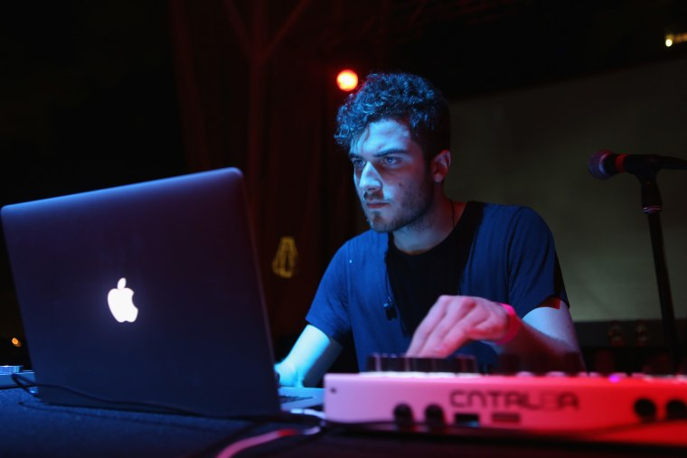 Nicolas Jaar Announces Second Studio Album, <i>Sirens</i>