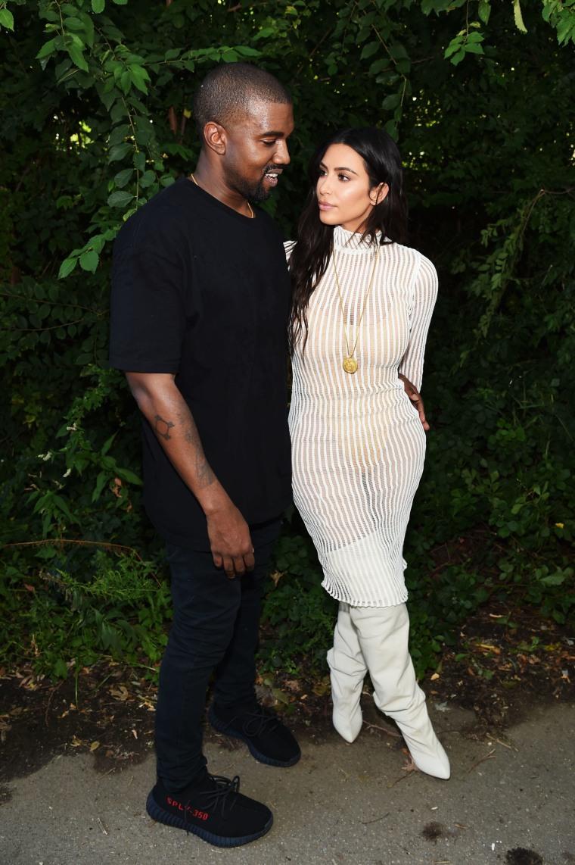 Kanye Postpones Tour Dates After Kim Kardashian's Gunpoint Robbery