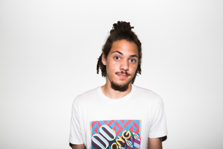 "Kweku Collins shares new single ""Sisko and Kasidy"""