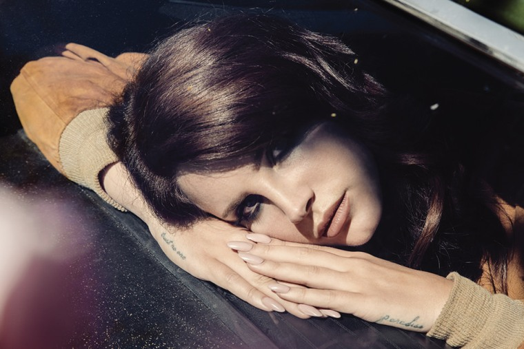 "Lana Del Rey Premiered ""Music To Watch Boys To"" On Beats 1"