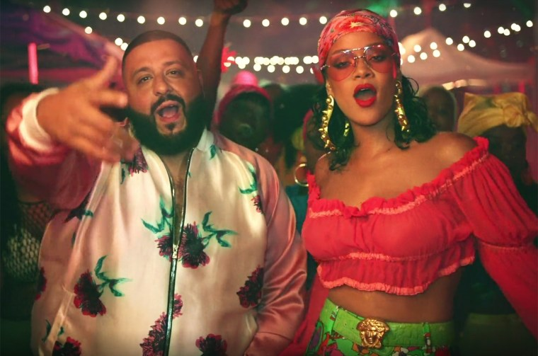 "Carlos Santana Says That DJ Khaled's ""Wild Thoughts"" Is ""Timeless"""