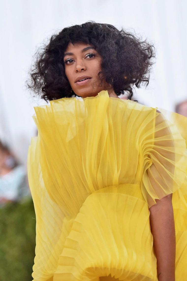 "Solange Shares Personal Essay About Experiencing Hostility In ""Predominantly White Spaces"""