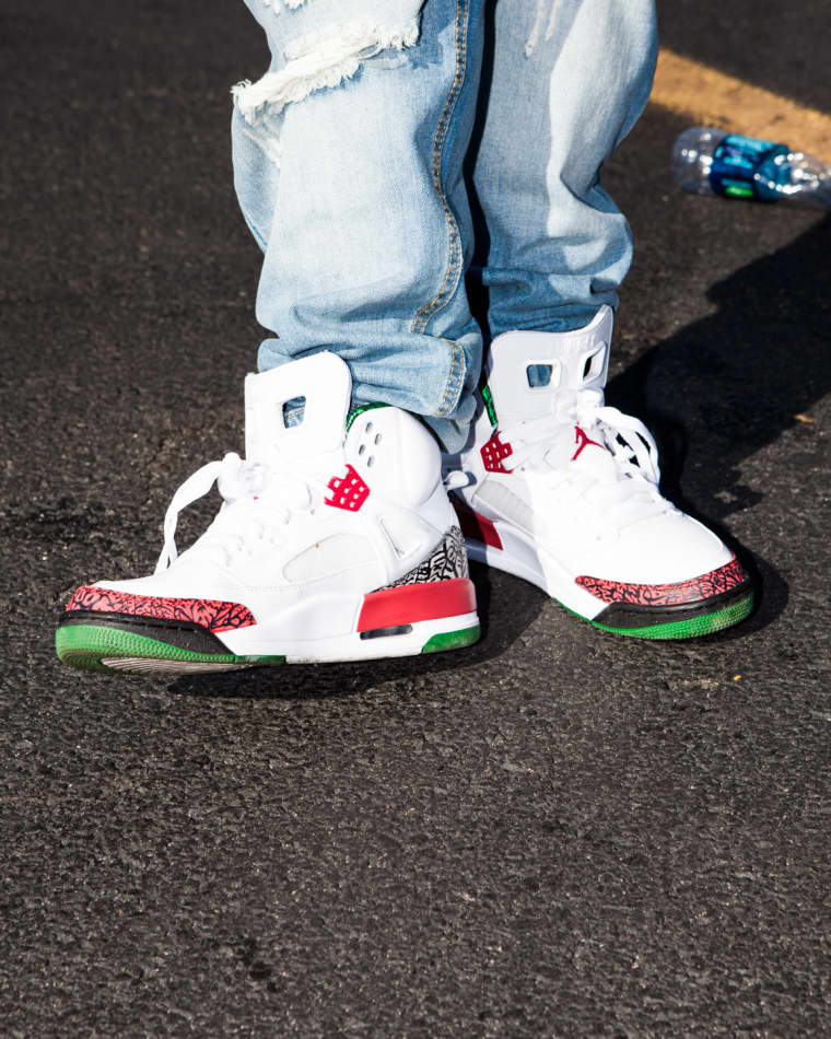 22 People In The Summer Jam Parking Lot Whose Sneaker Game Was On 100