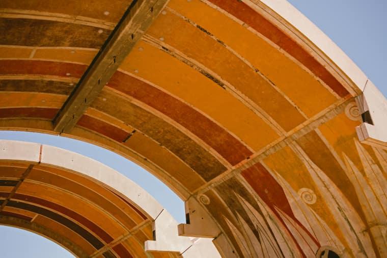 23 Photos That Prove FORM Arcosanti Is America's Most Unique Festival