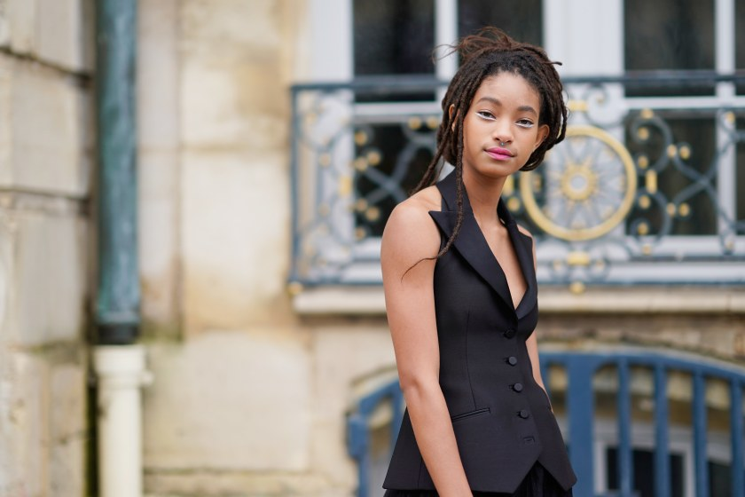 [Image: willow-smith-attends-the-christian-dior-...france.jpg]