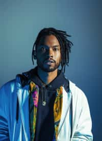 """Miguel and J. Cole team up for """"Come Through And Chill"""" video"""
