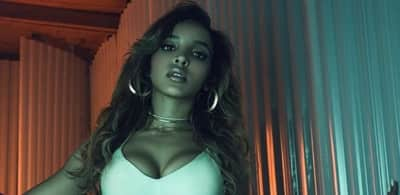 "Watch Tinashe's vertical music video for ""Faded Love"""