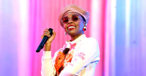 """Watch Janelle Monáe perform """"Turntables"""" on Colbert"""