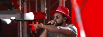 "ScHoolboy Q And E-40 Perform ""Dope Dealer"" On Jimmy Kimmel Live!"