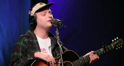 Watch Mac DeMarco Premiere Two New Songs