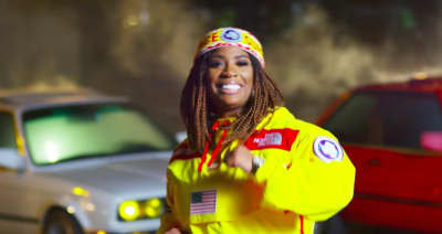 "Kamaiyah's ""Build You Up"" Video Is A Throwback To '90s Fun"