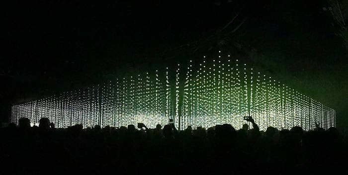 Four Tet just dropped a new live album