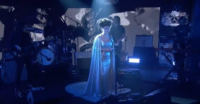 "Watch Angel Olsen perform ""Chance"" on Kimmel"