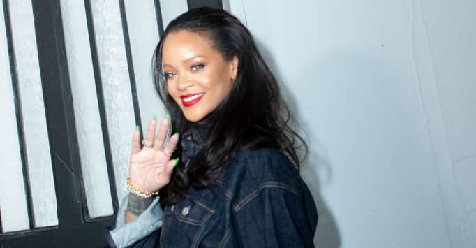 "Rihanna new album update: ""It really does suck that it can't just come out"""