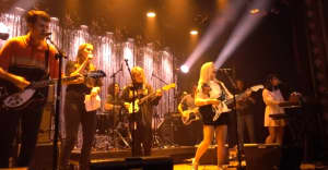 Watch Alvvays, Snail Mail, and Hatchie team up on stage in New York