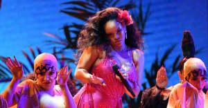 "Watch DJ Khaled, Rihanna, and Bryson Tiller perform ""Wild Thoughts"" at The Grammys"