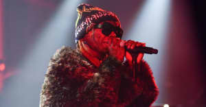 """Watch Lil Wayne perform """"Don't Cry"""" on The Late Show"""