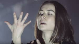 "Watch Mitski's cathartic new live video for ""Drunk Walk Home"""