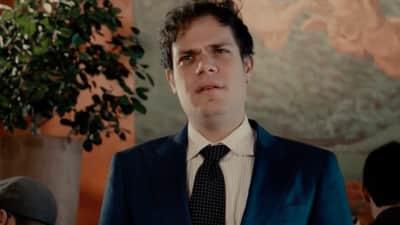 "Watch Jeff Rosenstock's destructive new video for ""Melba"""