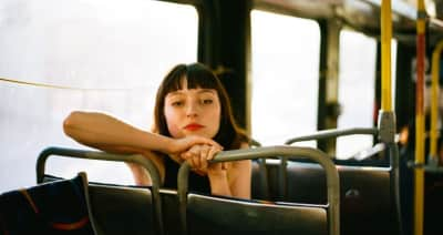 """Stella Donnelly shares new single """"Lunch"""""""