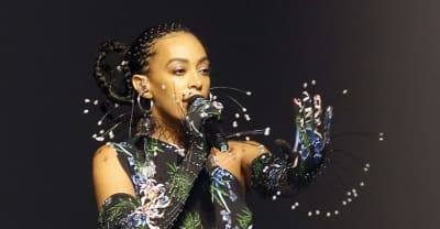 Watch Solange perform new music at Kenzo's Paris Fashion Week show