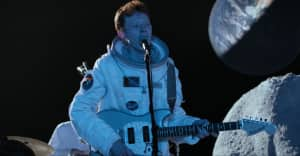 Watch King Krule perform The Ooz tracks on the moon