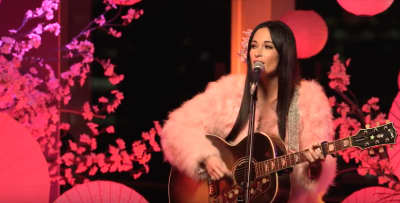 "Kacey Musgraves shares live ""Love Is A Wild Thing"" video"