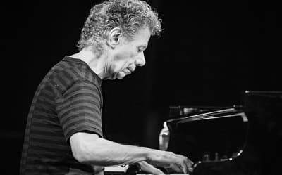 Storied jazz pianist and composer Chick Corea has died at 79