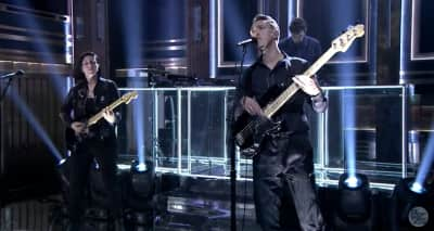 "Watch The xx Perform ""Say Something Loving"" And ""Lips"" On The Tonight Show"