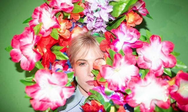 Hayley Williams shares surprise album FLOWERS for VASES / descansos 1