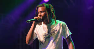 """Denzel Curry performing in wheelchair after """"going too crazy"""""""
