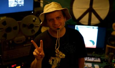 Mac DeMarco announces new record label and tour