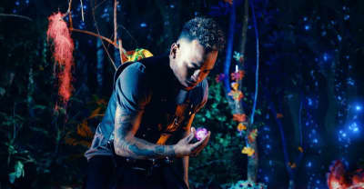 "Watch Ozuna's intergalactic ""Hasta Que Salga El Sol"" video"