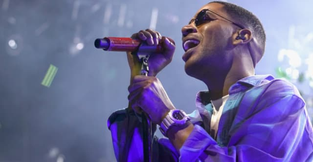 Check out the first picture of Kid Cudi as himself in Bill & Ted 3 1