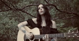 """Hear Chelsea Wolfe's ashy, mostly acoustic """"American Darkness"""""""