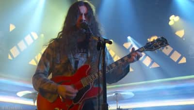 "Watch Kurt Vile perform ""Loading Zones"" on Jimmy Kimmel Live"