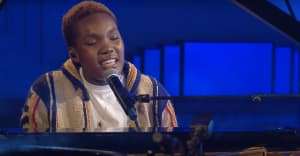 """Watch Arlo Parks cover Frank Ocean's """"Ivy"""""""